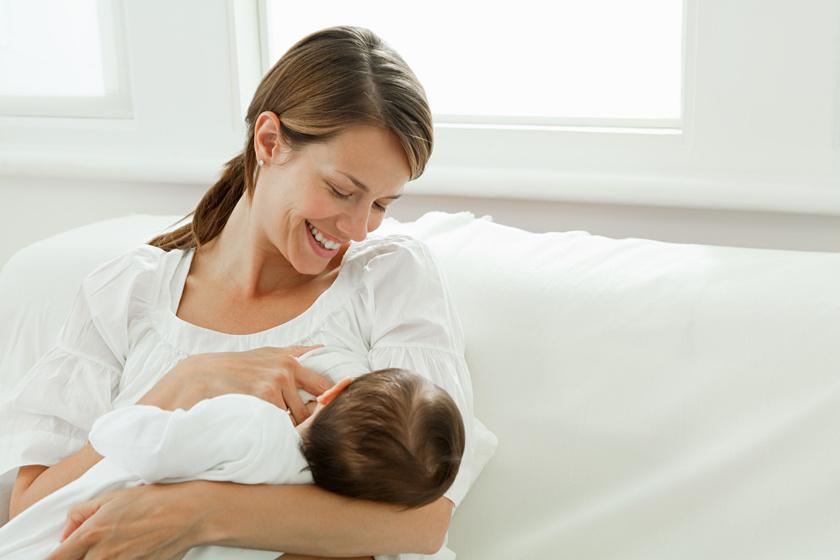 SZÍVDERÍTŐ A szoptatás az anya szív- és érrendszerére is jó hatású!
